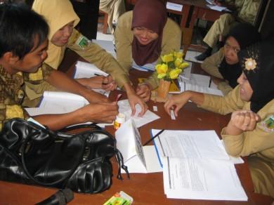 Suasana KKG II Paket Matematika di kabupaten Pinrang