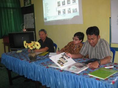 Tim Monev PSBG DBE 2 sedang observasi dan penilaian di PSBG KMG Makassar