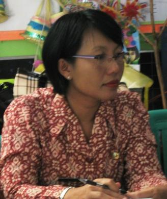 Siti Harfifa, S.Pd, guru kelas VI SDN Tanjunganom 2 Nganjuk yang berhasil membawa siswanya menjadi rata-rata terbaik nilai Unas se-Kabupaten Nganjuk